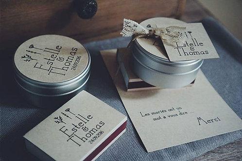 Cadeaux invités : Ensemble bougie + petite boîte d'allumettes