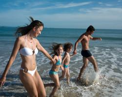 Familia-na-Praia-Walmor-de-Oliveira-158