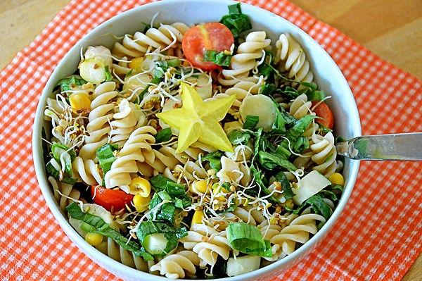 pasta-salad-1974762_1280.jpg