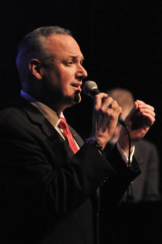 Ken Slavin, Jazz Crooner Extraordinaire!