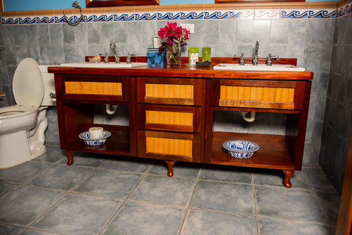 PS5_Bathroom_DSC_5895.jpg