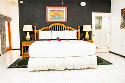 Villas At Sunset Lane_Premium Suite_2.jp