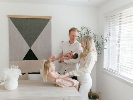 Neutral Modern Tacoma Lifestyle Newborn Session // Lifestyle Newborn Photographer
