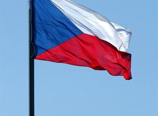 Naše vlajka slaví 100 let!