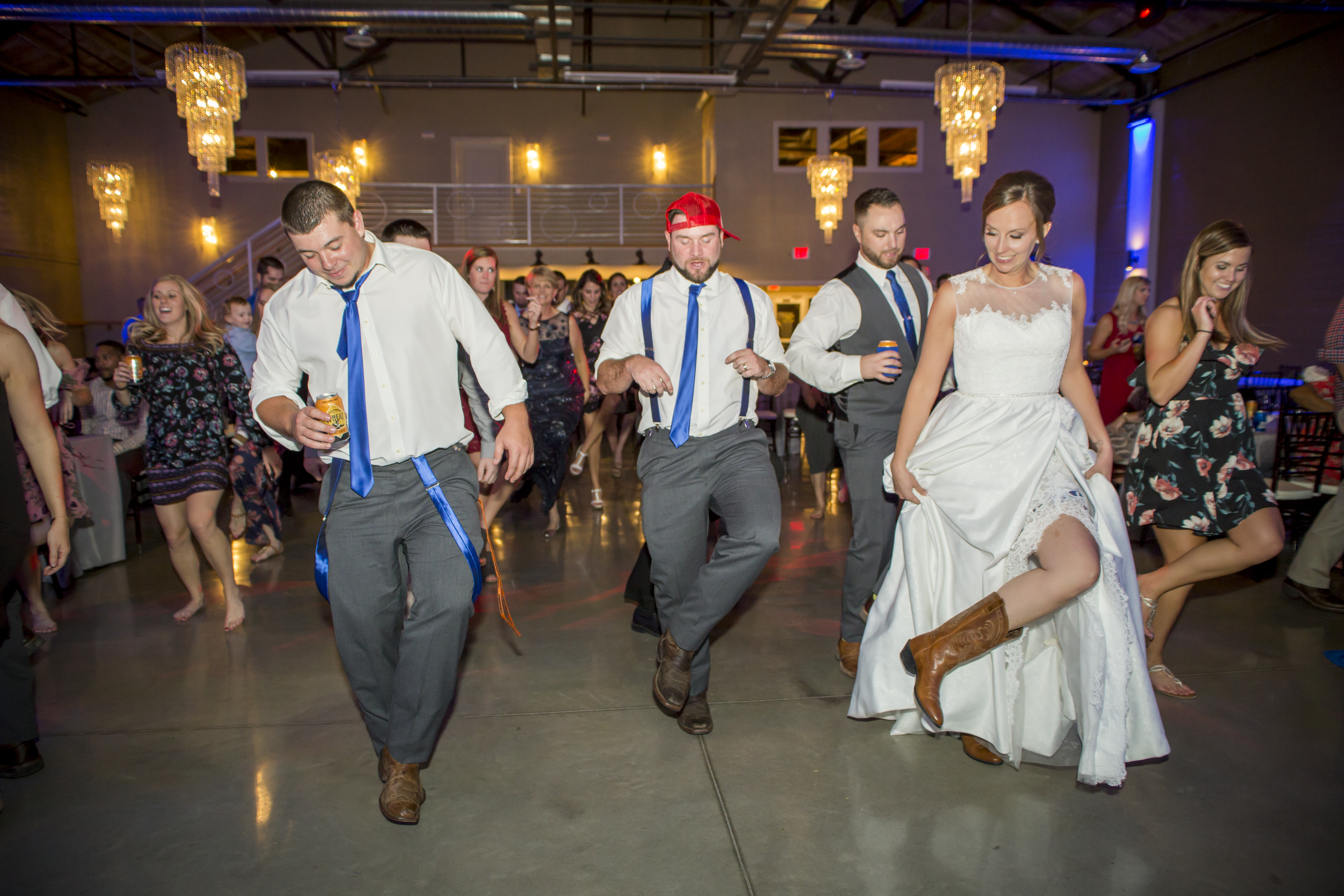 MT - Dancing