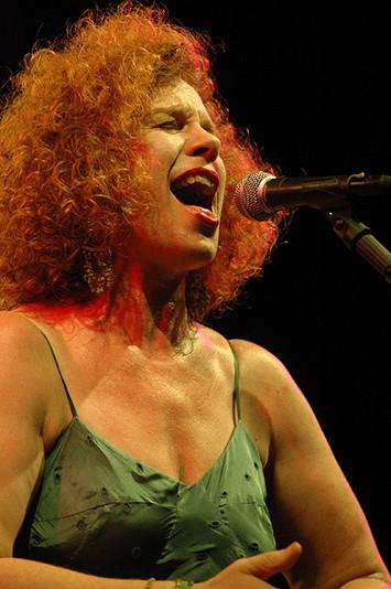 Sarah Jane Morris, Singer-Songwriter