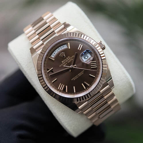 Unworn 18ct Rose Gold Rolex Oyster Perpetual Day-Date 40 Chocolate Roman
