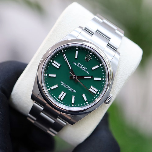 Unworn Gents Stainless Steel Rolex Oyster Perpetual 41 Green Dial 2020