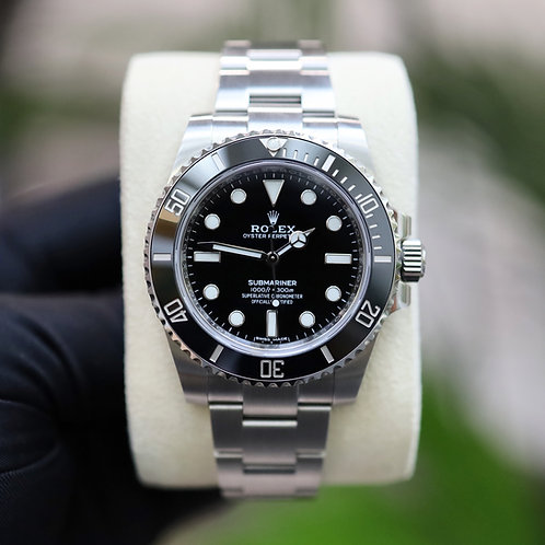 Unworn Gents Stainless Steel Rolex Oyster Perpetual Submariner Non Date 114060