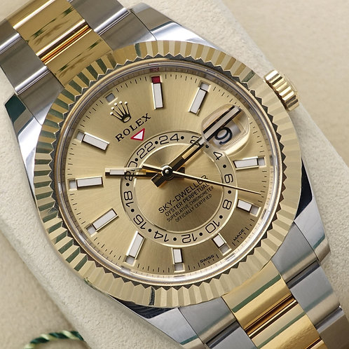 Mint 2019 Stainless Steel &18ct Gold Rolex SkyDweller Champagne Dial