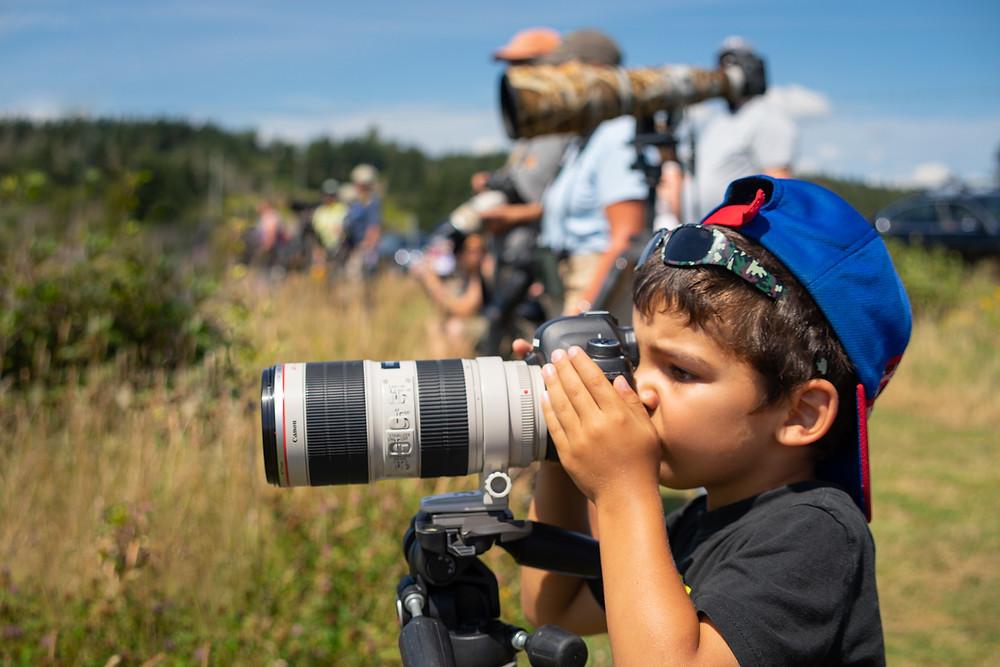 A child wildlife photographer