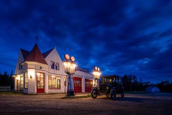 village-acadien-gas-station.jpg