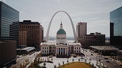 St Louis brittney-butler-498222-unsplash