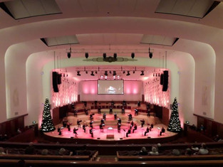 Review: Christmas Carols at Liverpool Philharmonic ****1/2
