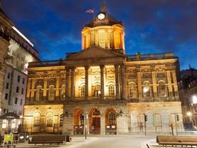 Take tea and tour historic Liverpool Town Hall
