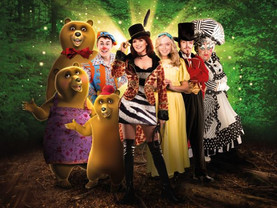 Maureen Nolan joins St Helens Easter panto cast