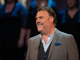 Bryn Terfel brings Falstaff the rogue to life in Liverpool