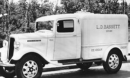 Bassetts Delivery Truck Photo c. 1930_B&