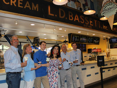 2 Famous Philly flavors create a sweet treat at Reading Terminal Market.