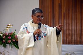 P. Carlos Barradas, en su 40 Aniversario sacerdotal