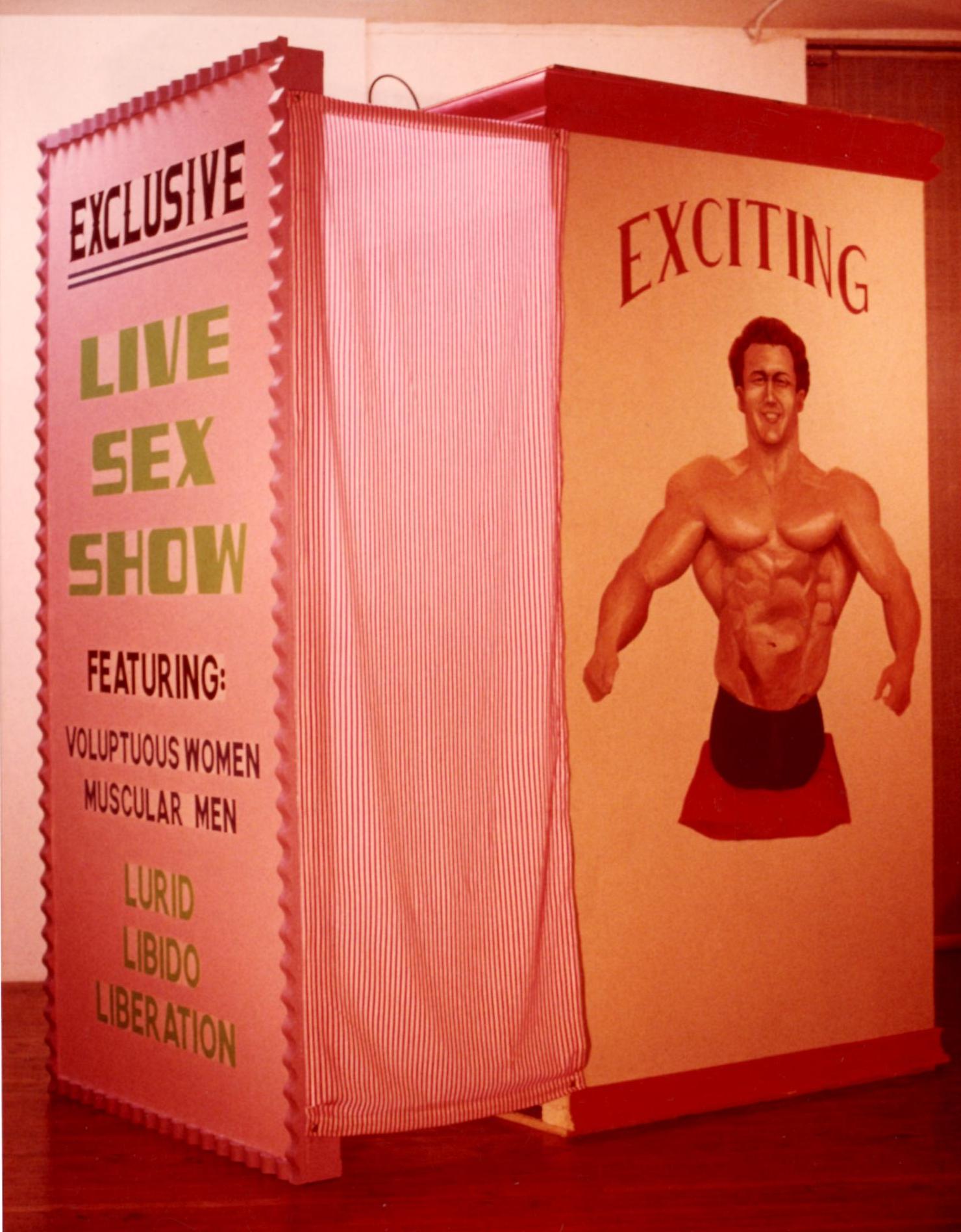 Live Sex Show Front