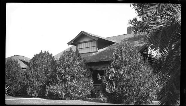Knipe House c. 1930 Reduced.jpg