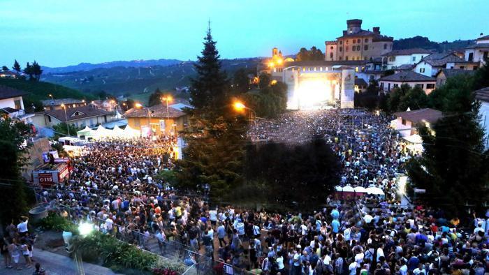 Si apre domani il Collisioni Festival, manifestazione Agri-Rock tra le langhe piemontesi. Ci vediamo