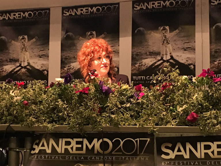 Sanremo2017: picco di share per la prima del Festival, stasera Robbie Williams e si parte con le nuo