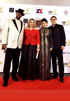 Red carpet at Hollywood China Night