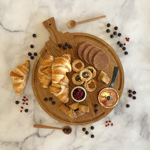 """The Classic Round"" Culinary Board"