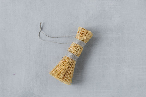 Wash whisk for sustainable home cleaning and green home cleaning. Sold by Salt Creek Mercantile.