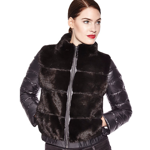 Mink jacket with detachable sleeves
