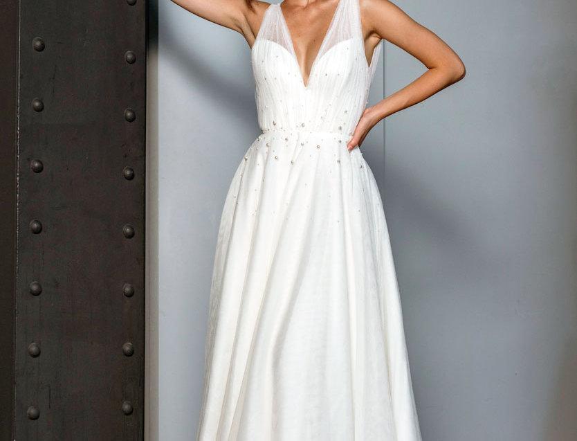 Saskia | Beautiful Tulle Wedding Gown by Freda Bennet