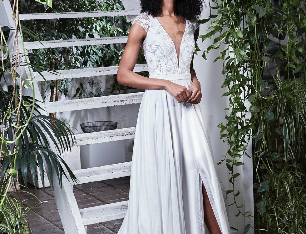 Maya   Wedding Dress by Savin London