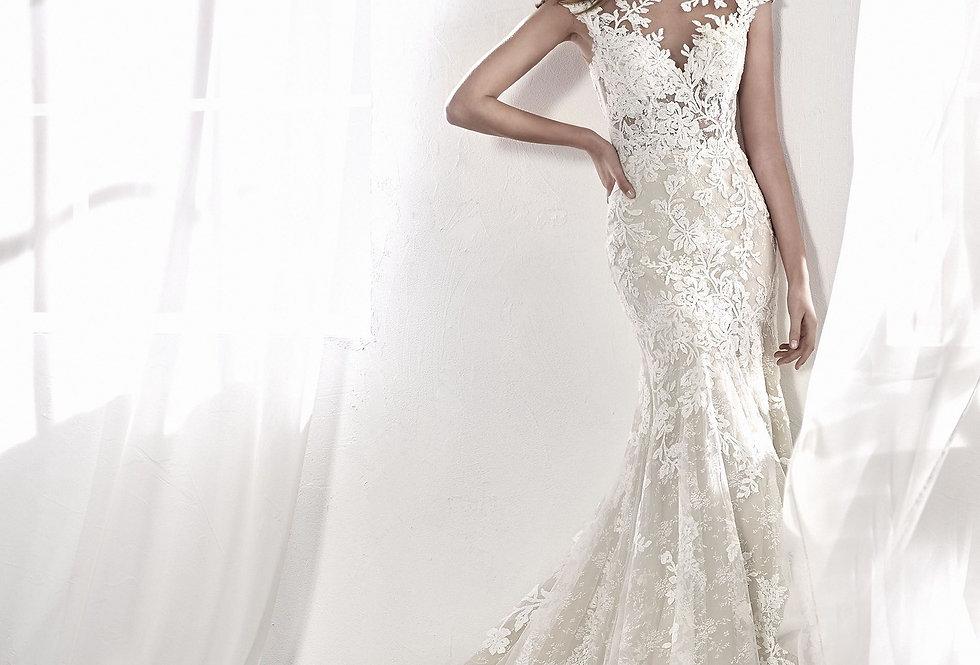 Leticia | Seductive Lace Wedding Dress by San Patrick