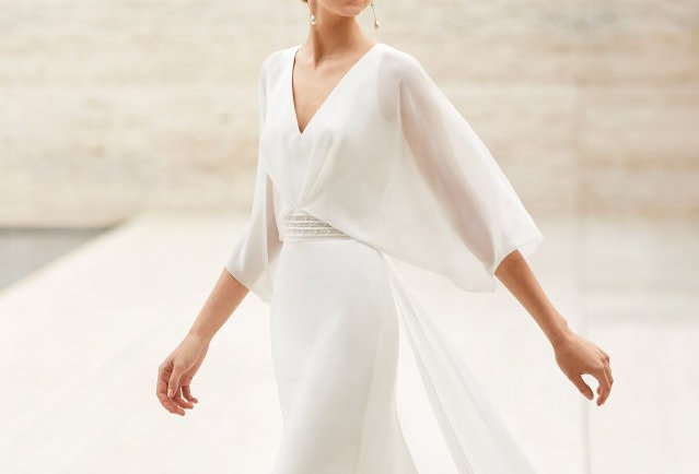 Eire | Dreamy Romatic Wedding Dress by Rosa Clara