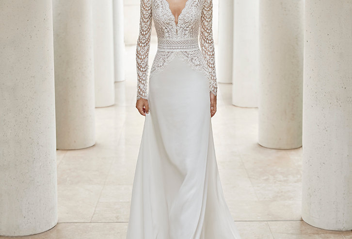 Senin | Beaded Lace and Crepe Wedding Dress by Rosa Clara Couture