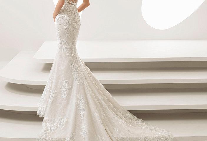 Abira | Halter Neck Lace Wedding Dress by Rosa Clara