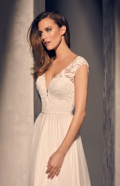 2216 | Guipure Lace Wedding Dress by Mikaella