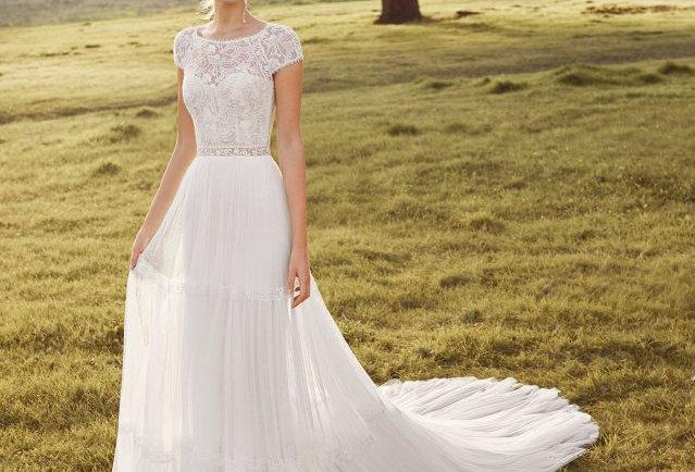 Argel | Charming Bohemian Wedding Dress by Rosa Clara
