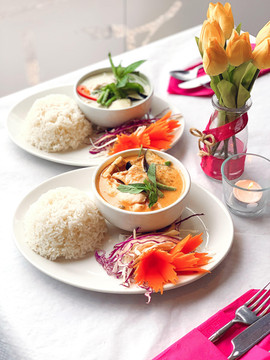 Red and Green Curry