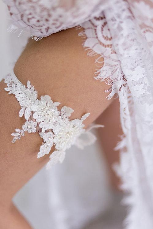 Braut Strumfband aus Spitze mit Perlen Blumen Applikation Farbe Ivory / Creme / Elfenbein