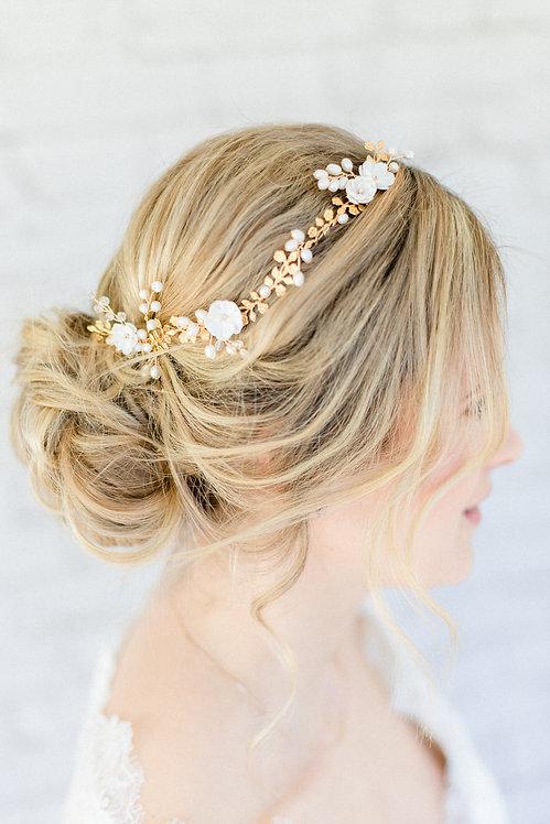 Braut Haarschmuck Headpiece Kopfschmuck Hochzeit Haarblüten Braut Blüte Haarkamm  mit Perlen Kristallen und Strass