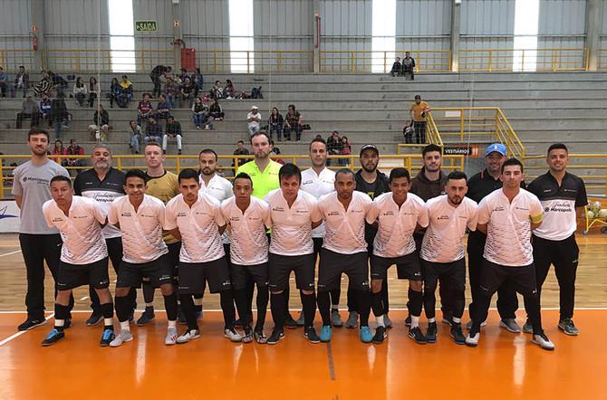 Fundação Marcopolo: Neobus é vice no futsal livre do Sesi. Internos continuam