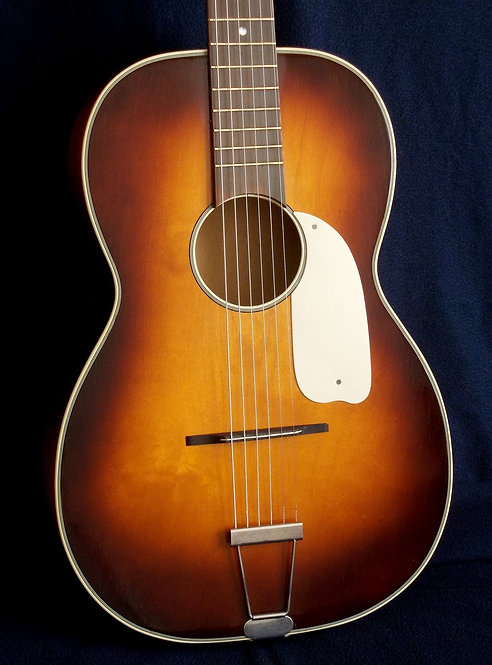 Parlor Klira model 522 (1960)