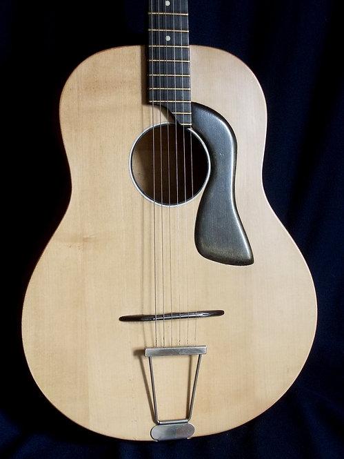 """Guitarra de """"Manouche"""""""