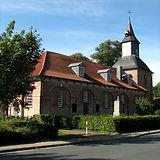 Kirche_Krummendeich_20100907.jpg