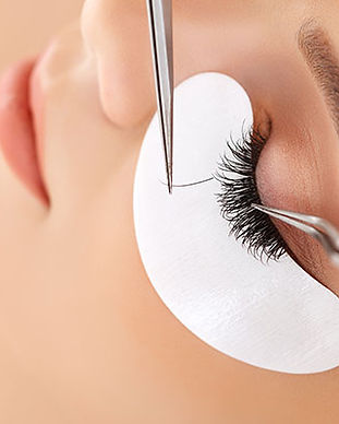 eyelash-extensions-maintenance.jpg