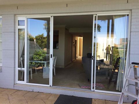 Corner Installation in double sliding do