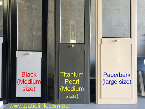 CUSTOM COLOUR Optional / Pet Door Insert